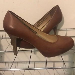 Mossimo Brown Heels size 8